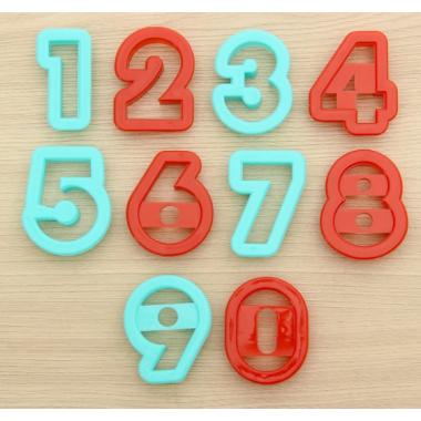 """Набор форм для вырезки """"Цифры"""""""